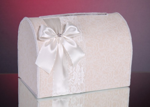 Свадебный сундучок из коробок
