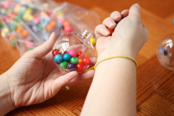 Конфетки в шариках