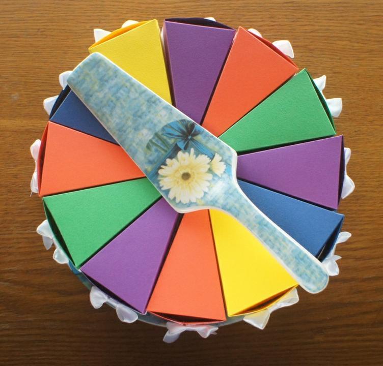 Торт картонный