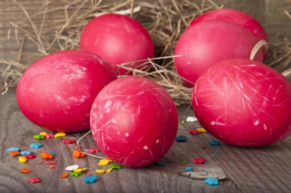 Натуральный краситель для яиц свекла