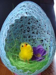 Пасхальное гнездо из ниток